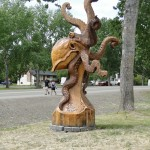 International chain saw carving festival